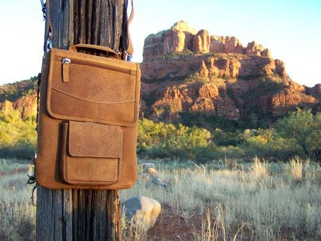 Siva's Roundup: Best iPad carryalls. Photo by Siva.