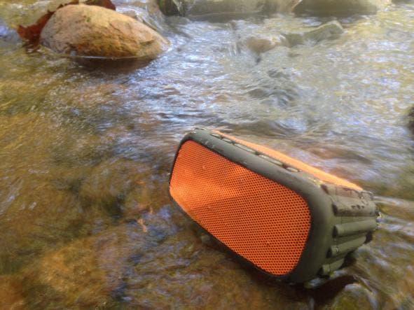 Siva's Reviews: Grace Digital's ECOROX Bluetooth Speaker