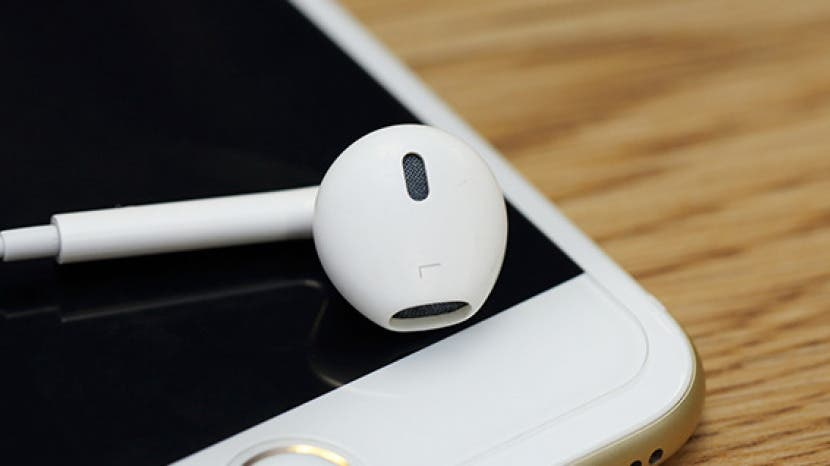 How to Use Your Apple EarPods Do a Lot More Than Turn the Volume up or Down