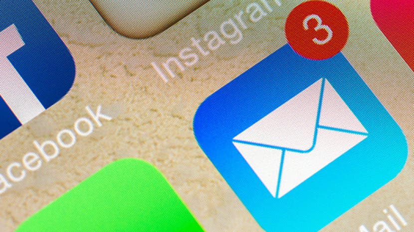 """How to Remove """"Sent from my iPhone"""" from Your Email Signature"""