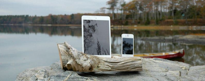 Five Amazing Etsy iPhone Docks