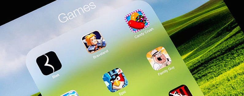 Tip of the Day: How to Delete a Folder of Apps