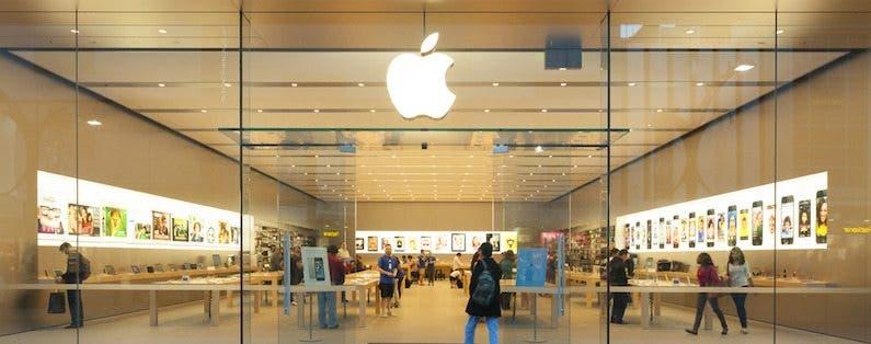 Tim Cook Responds to Racism in Australian Apple Store